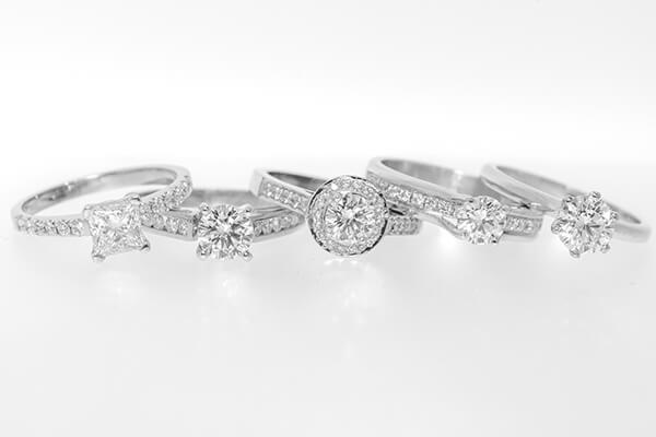 Love Central - Engagement Rings